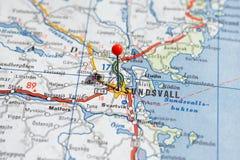 La Svezia Stoccolma, il 7 aprile 2018: Città europee sulle serie della mappa Primo piano di Sundsvall fotografia stock libera da diritti