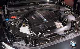 La Svizzera; Ginevra; 8 marzo 2018; Motore di BMW m2; L'ottantottesimo Inte fotografia stock