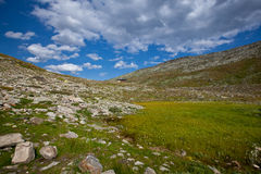 La Svizzera - paesaggio della montagna Fotografia Stock Libera da Diritti