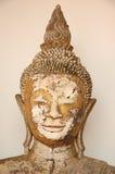 La tête de Bouddha de plan rapproché, statue au Musée National de Wat Pra Bronathatchaiya, Thaïlande Photographie stock