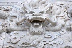 La tête de marbre de dragon Image libre de droits