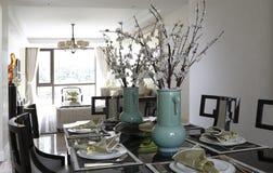 La tabla en la cena Imagen de archivo libre de regalías