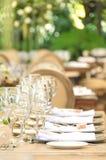 La tabla fijó para una recepción, un evento del partido o una celebración de la boda Foto de archivo