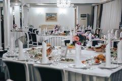 La table dans le restaurant Photos stock