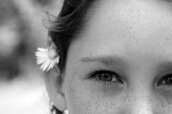 La tache de rousseur a fait face à la fille Photographie stock libre de droits