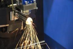 La tagliatrice del laser del tubo o del tubo Immagine Stock