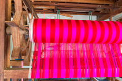 La Tailandia antiquata di seta tessuta macchina Immagine Stock