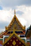 la Tailandia nell'incrocio dell'estratto di Bangkok e colora il mosaico del tetto fotografia stock libera da diritti