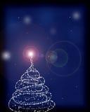 La tarjeta de felicitación con un árbol de navidad y algo chispea Foto de archivo libre de regalías