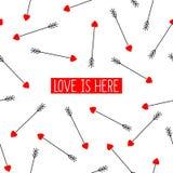 La tarjeta de las flechas del cupido con amor del texto está aquí libre illustration