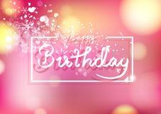 La tarjeta del feliz cumpleaños, el estilo de la cinta de la caligrafía, el corazón de la dispersión y el confeti de los copos de stock de ilustración