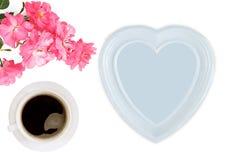 La tasse de coffe, s'est levée, coeur Jour du `s de mère image libre de droits