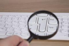 La tastiera di computer entra nella chiave Fotografia Stock