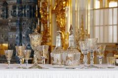 La tavola di cristallo ha messo al palazzo di Tsarskoye Selo Pushkin Fotografia Stock Libera da Diritti