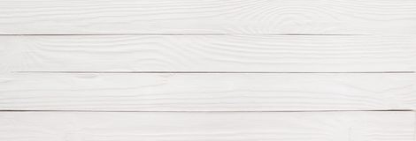 La tavola o il pavimento di legno ha dipinto il bianco come fondo, textur di legno fotografie stock