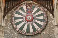 La tavola rotonda di re Artù sulla parete del tempio in Winchester Regno Unito Fotografie Stock