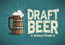 La taza de Logo Label Design With Wooden de la cerveza de barril o una jarra de cerveza de sea stock de ilustración