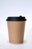 La taza de papel marrón de café caliente Imagenes de archivo