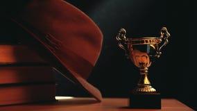 La taza del oro reserva la tabla del sombrero almacen de video