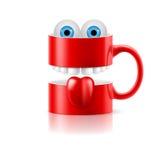 La taza roja de dos porciones con los dientes, la lengua y el froggy observa Imagenes de archivo