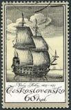 La TCHÉCOSLOVAQUIE - 1976 : montre à vieille gravure de bateau par Vaclav Hollar 1607-1677, etcher tchèque, vieilles gravures de  Image libre de droits