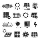 La tecnología de los paneles solares, icono blanco y negro fijó stock de ilustración