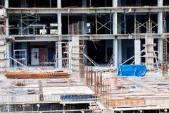 La tecnologia della costruzione dell'appartamento in un grattacielo Fotografia Stock Libera da Diritti