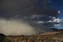 La tempestad de arena está viniendo Imágenes de archivo libres de regalías