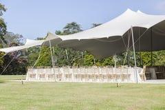 La tenda del partito presiede la decorazione delle Tabelle fotografia stock