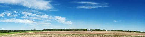 La terra rotonda della sorgente Immagini Stock