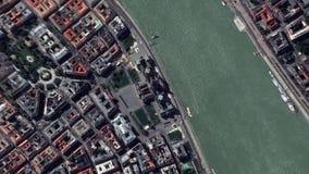 La terra zumma il Parlamento Budapest Ungheria dello zoom fuori stock footage