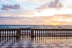 La terrasse de Mascagni est un belvédère dans la leghorn, Italie images libres de droits
