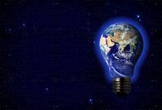 La terre dans une ampoule Photos libres de droits