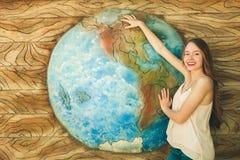 La terre de fille et de planète Photo libre de droits