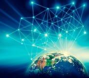 La terre de l'espace Le meilleur concept d'Internet des affaires globales de série de concepts Éléments de cette image meublés pa Images stock