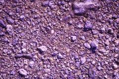 La terre ultra pourpre aiment sur Mars, texture de terre, surface de sable, fond en pierre photos stock