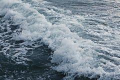 La textura agita la tormenta del mar Fotografía de archivo libre de regalías