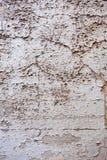La textura con la vieja, usada, agrietada pintura, pintura peló apagado La peladura de la pintura da una textura abstracta clara  imagenes de archivo