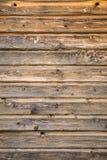 La textura de madera de Brown, sube horizontalmente Foto de archivo libre de regalías