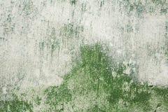 La textura de la pared con los rasgu?os y las grietas por todos los lados fotografía de archivo