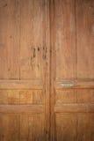 La textura de la puerta de madera Imágenes de archivo libres de regalías