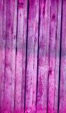 La textura inconsútil del fondo del viejo blanco pintó la pared de madera de los tableros de la guarnición Foto de archivo