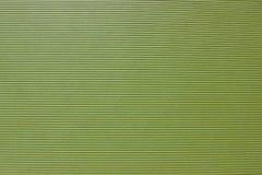 La texture du vert de carton, avec des rayures a gravé en refief cannelé photos stock