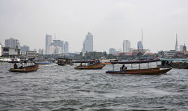 La Thaïlande, Bangkok, fleuve de Chao Praya photos stock