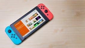 La Thaïlande, Bangkok - 7 mai 2018 Nintendo branchent la console de jeu photographie stock libre de droits