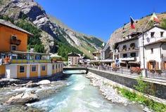 La Thuile手段在夏天,意大利 免版税库存照片