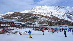 LA THUILE, ITALIE - 4 MARS 2018 : Station de ski le 4 mars 2018 dedans Photo stock