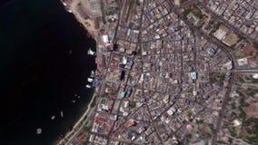 La tierra enfoca adentro enfoque fuera de Dar es Salaam Tanzania metrajes