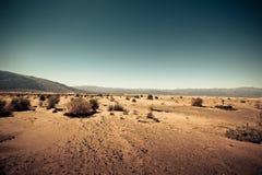 La tierra estéril le gusta Marte Foto de archivo libre de regalías