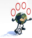 La tierra hace juegos malabares con los brazos y las piernas montan un unicycle Fotografía de archivo